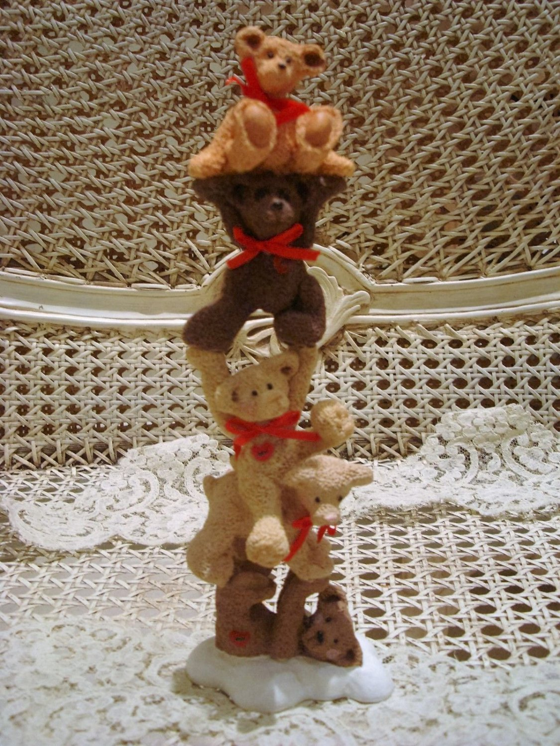 HOLLY BEARIES RETIRED STACK OF BEARS CHRISTMAS FIGURINE *NEW* SO CUTE