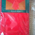 """GORGEOUS POINSETTIA RED CHRISTMAS FABRIC TABLECLOTH 60"""" X 104"""" OBLONG **NEW***"""
