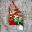 HOLLY BEARIES RETIRED CHRISTMAS BEARS WITH PRESENT CHRISTMAS ORNAMENT **NEW**