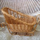 GORGEOUS GOLD WICKER CHRISTMAS SLEIGH BASKET TABLE CENTERPIECE ***SO PRETTY***