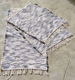 Set of 2 Placemats and 1 Runner