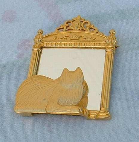 JJ Jonette Cat in Front of Mirror Goldtone Brooch Pin Jewelry