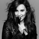 Demi Lovato Music Star Art 32x24 Poster Decor