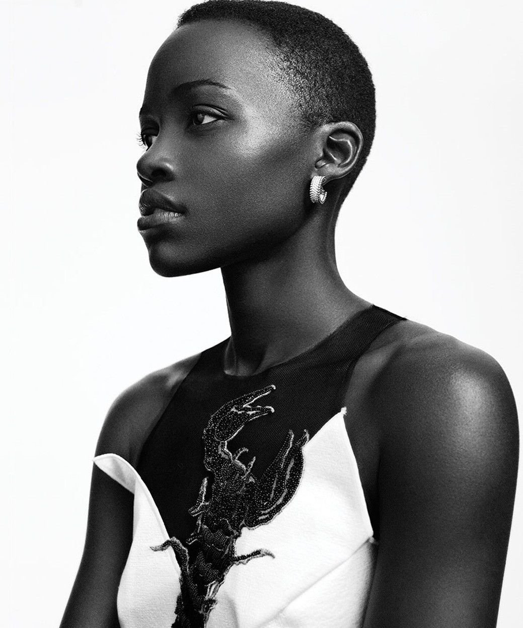 Lupita Nyong O Actor Star Art 32x24 Poster Decor