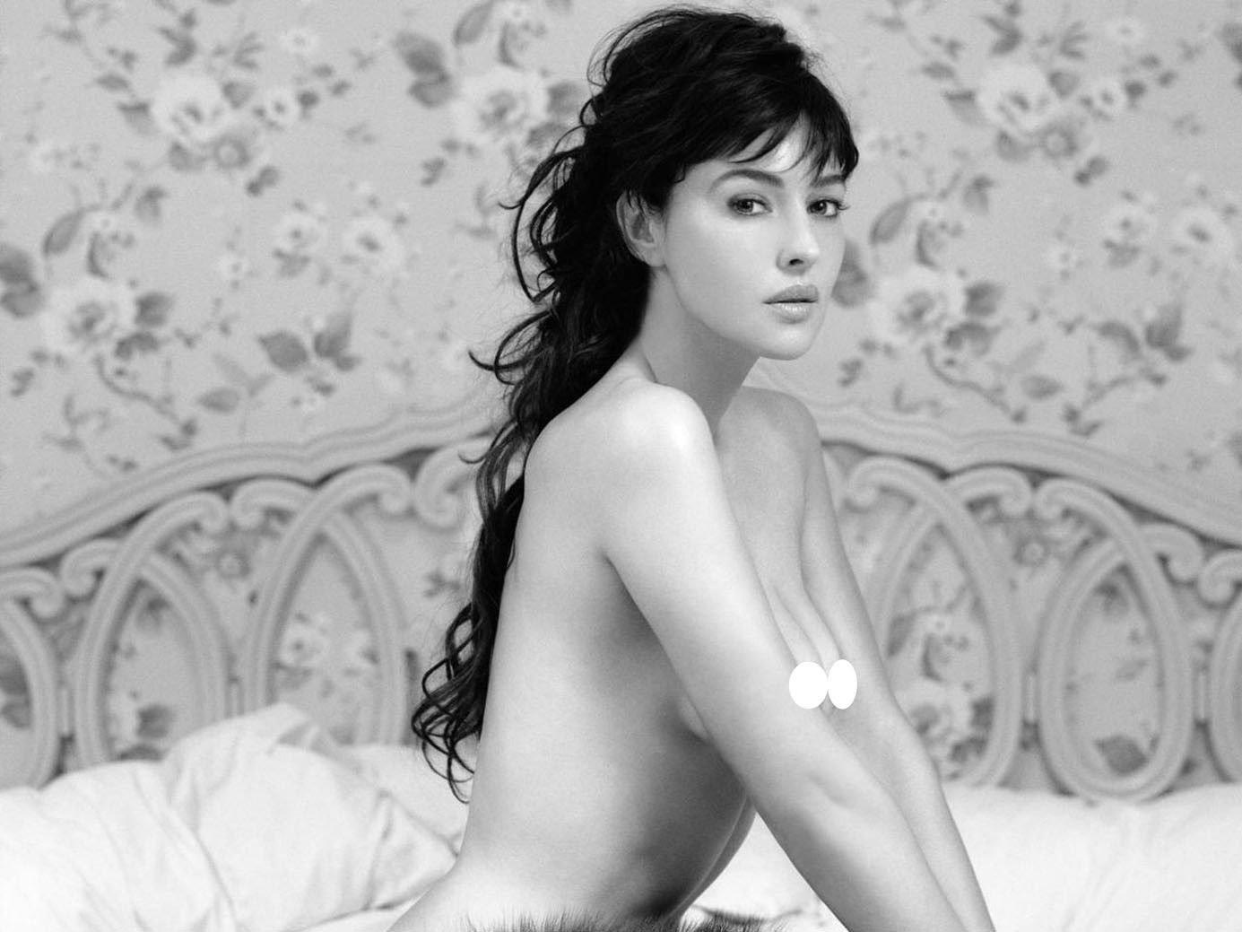 Monica Bellucci Sexy Model Wall Print POSTER Decor 32x24
