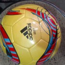Adidas fifa quality replica match ball 2017 yellow coloure indoore and outdooresize 5
