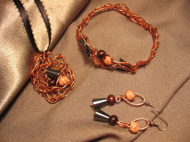 """""""MAGNETISM""""  Copper wire, Hematite & brown wooden beads,Necklace, Bracelet & Earrings, Handmade"""