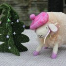 BENANDLU - Sheep and christmass tree