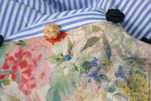 BENANDLU handmade - Tippet or scarf. Preppy style. Scarf in blue striped and flower