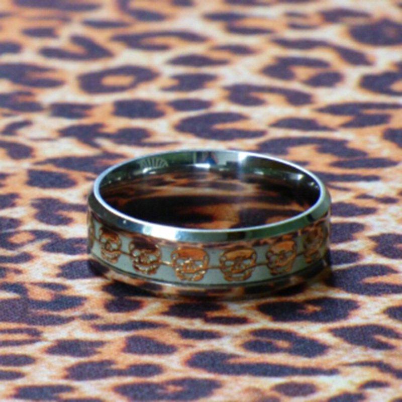 Creative Mens Ring Luminous Skull Rings for Men Gold Silver