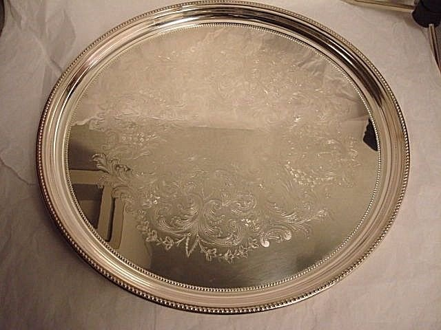 """Towle Silverplate Round Tray 14"""""""