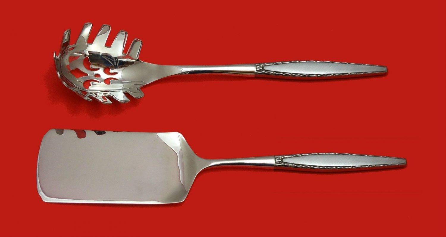 VENETIA COMMUNITY ONEIDA STAINLESS STEEL PASTA AND LASAGNA SERVER