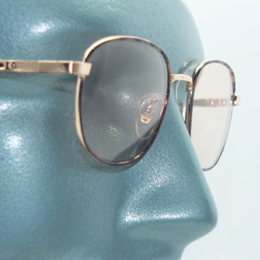 Petite Metal Tortoise Frame Color Changing Light Sensitive Sunglasses Sun Shades