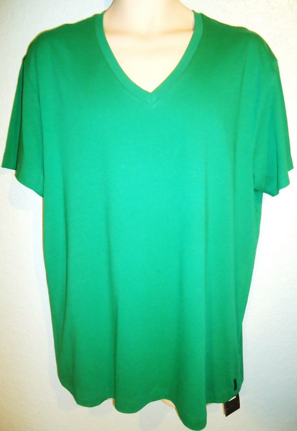 ARMANI EXCHANGE - A|X - GREEN - XL - V-NECK - MUSCLE - TEE - NEW - T-SHIRT