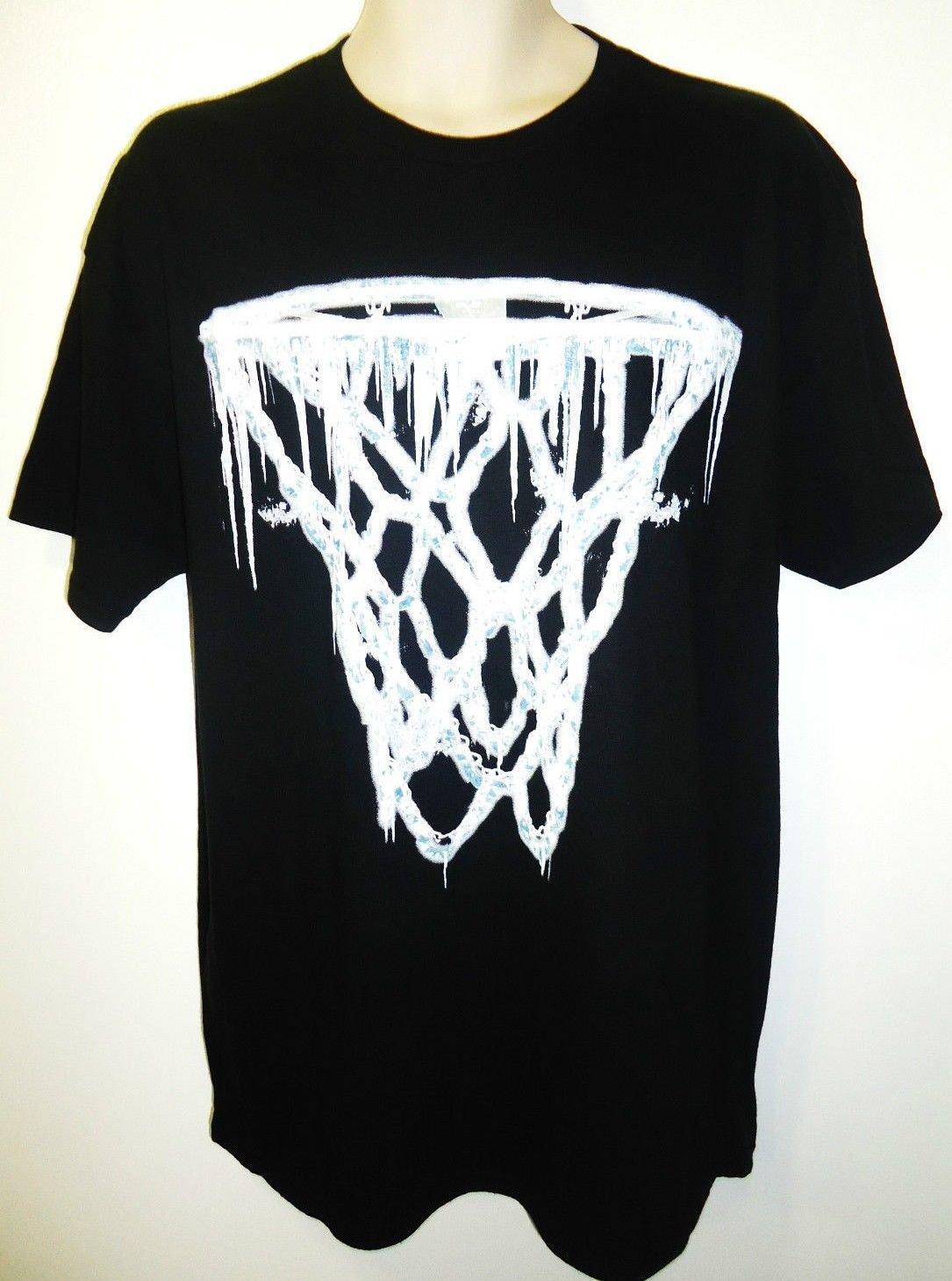 YOUNG & WILD - WINTER - BASKETBALL -  HOOP - BLACK - T-SHIRT - LARGE - NEW - NBA