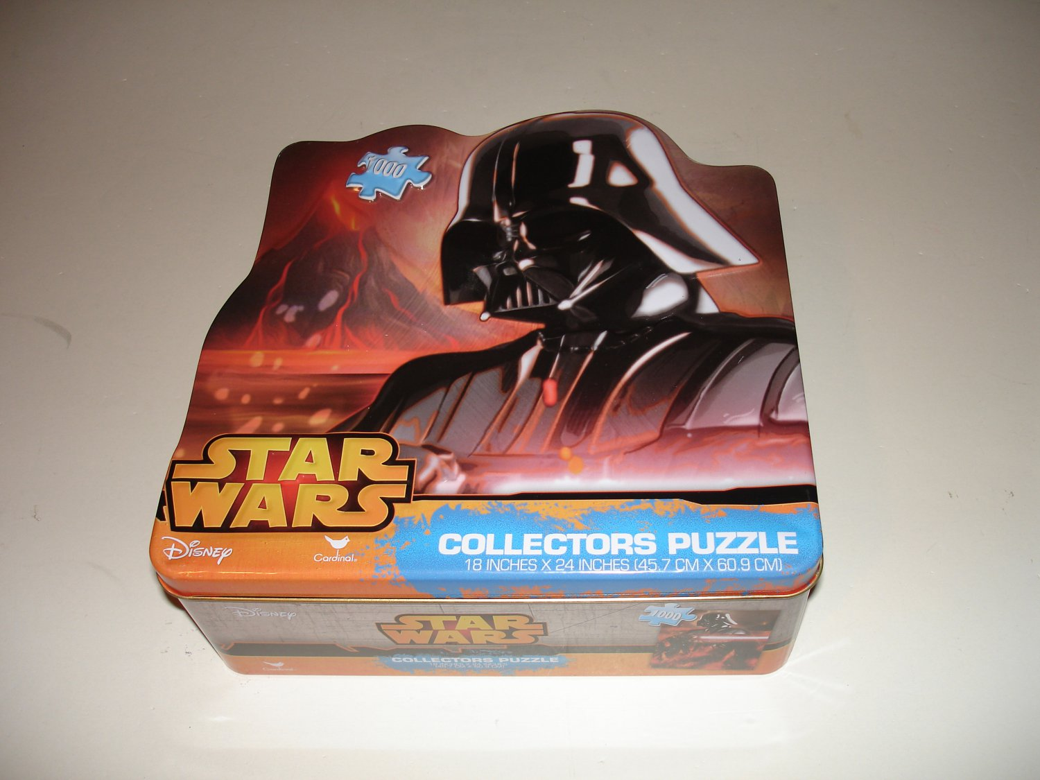 Star Wars Collectors Puzzle: Darth Vader- 1000 Pieces/Tin (18708) -E III -Disney