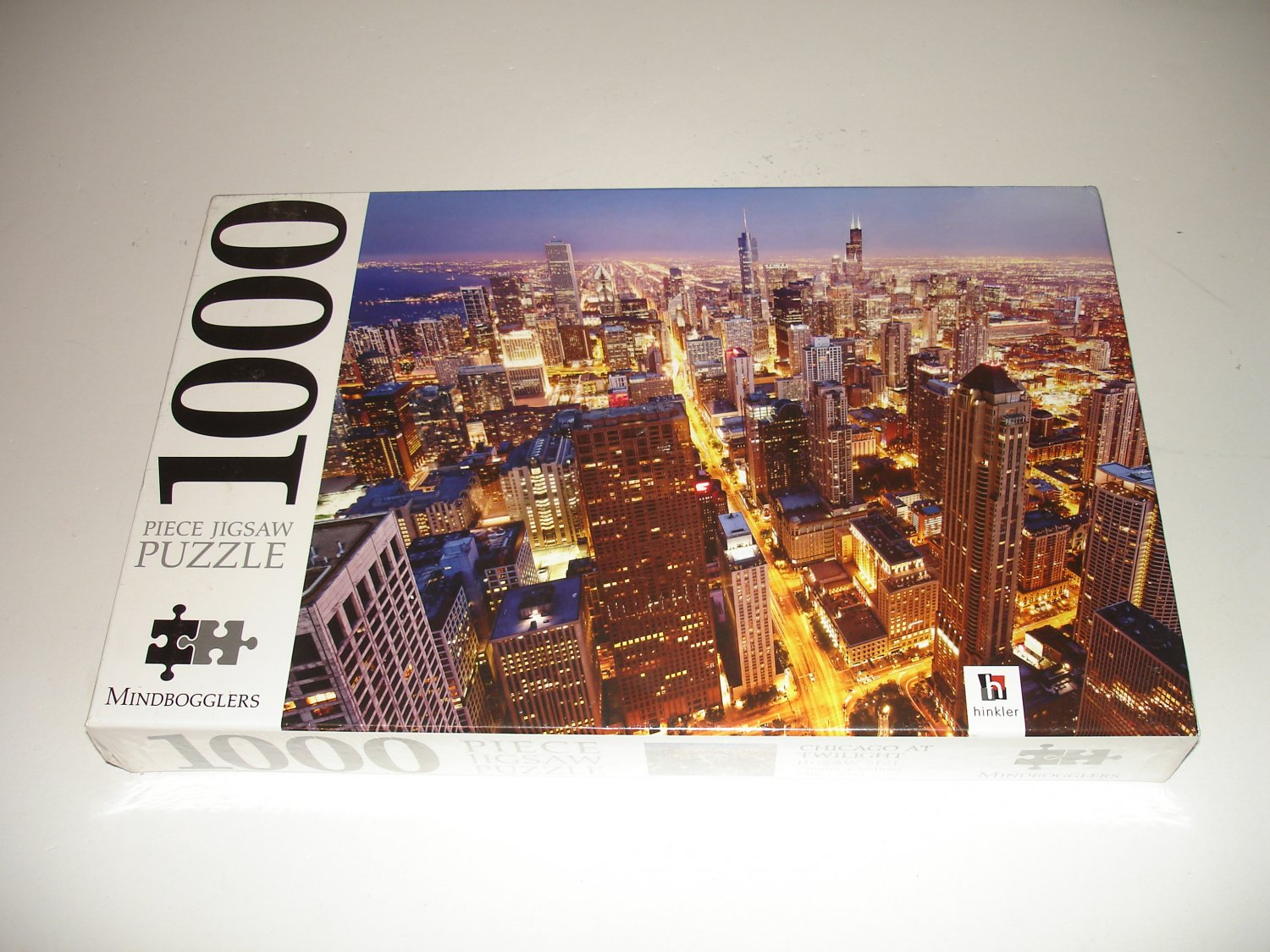 Chicago At Twilight - 1000 Piece Puzzle - HB22_SEP16_05 - 29 x 23 - Hinkler