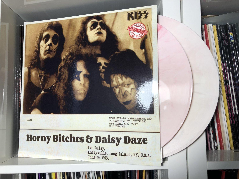 KISS 2LP horny bitches & daisy daze