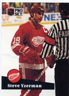 1991/92 NHL  Pro Set Hockey Card Steve Yzerman #62  N/Mint