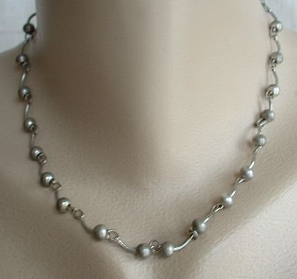 Princess Length Silvertone Bead Link Necklace 17-inches Vintage Jewelry