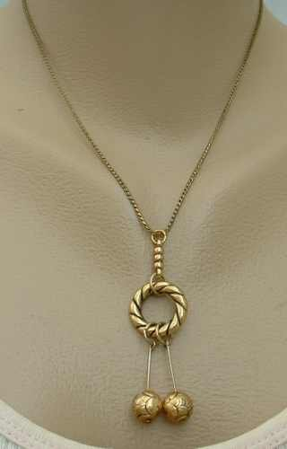 Circle Drop Pendant Necklace 17-inch chain Vintage Jewelry
