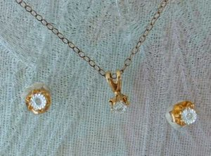 Delicate Laser Etched Starburst Rhinestone Necklace Set 12K Gold Filled Chain