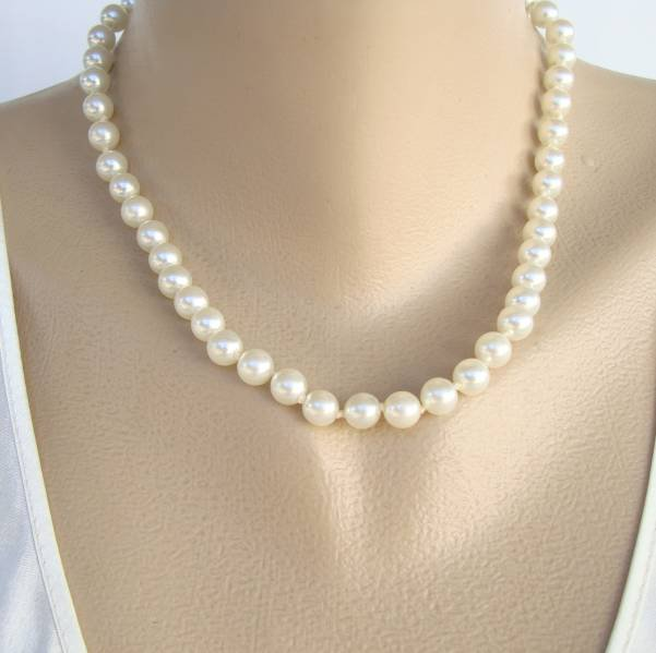 Glass Pearl Necklace Double Knotted 17.5 inches Vintage Jewelry