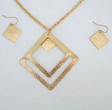 Sparkling Goldtone Diamond Shaped Pendant Necklace Earrings Set