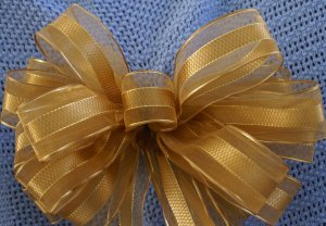 ELEGANT GOLD SHEER RIBBON - CHRISTMAS WREATH, SWAG, GARLAND OR PRESENT BOWS (3 BOWS/PACKAGE)
