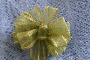 GREEN SHEER RIBBON - CHRISTMAS WREATH, SWAG, GARLAND OR PRESENT BOWS (3 BOWS/PACKAGE)