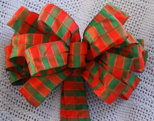 GREEN & RED SQUARES - CHRISTMAS WREATH, SWAG, GARLAND OR PRESENT BOWS (3 BOWS/PACKAGE)