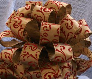 """TAUPE AND RED VELVET - """"MINI"""" TREE TOPPER BOW"""
