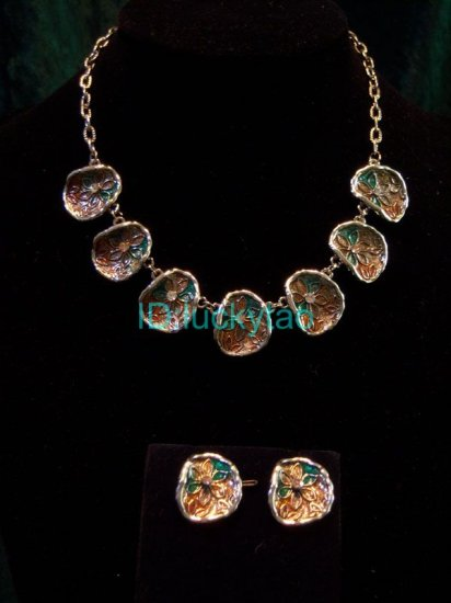 noblest  refined lotus leaf  necklace and earrings pair set