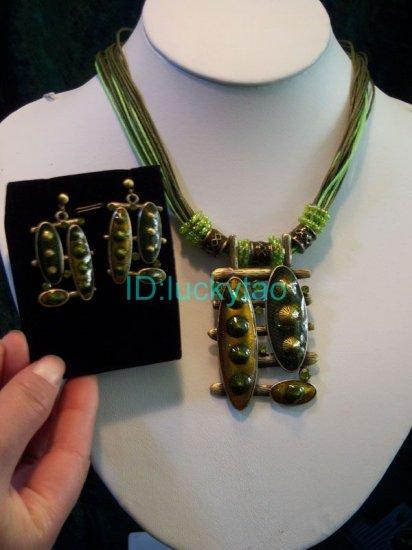 noblest minority folk green rope necklace & earrings set