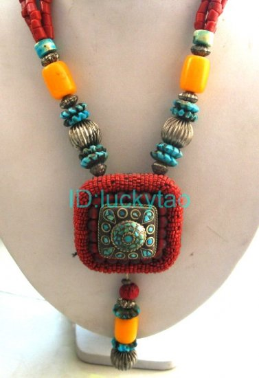 China Tibet Character Colorful beads Refined Necklace