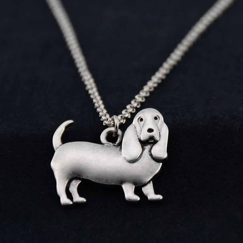 Vintage Silver Basset Hound Dog Pendant Necklace Chain Box Women Men Fashion