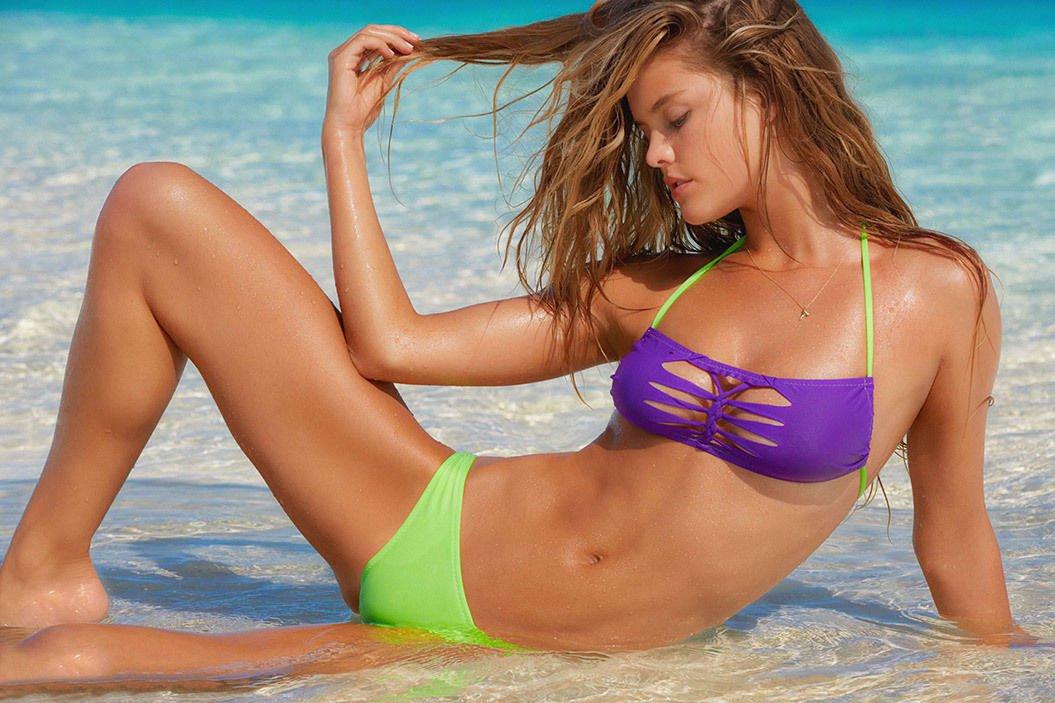 Aniston ls magazine girl with green bikini