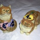 2 Valerie Pfeiffer ginger cats with pansies Innovation giftware cm1024