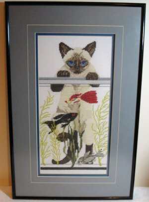 Framed needlepoint picture Siamese cat looking in fish tank cm1043