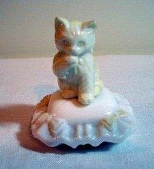 Avon kitten on milk glass cushion perfume bottle filled cat vintage cm1054