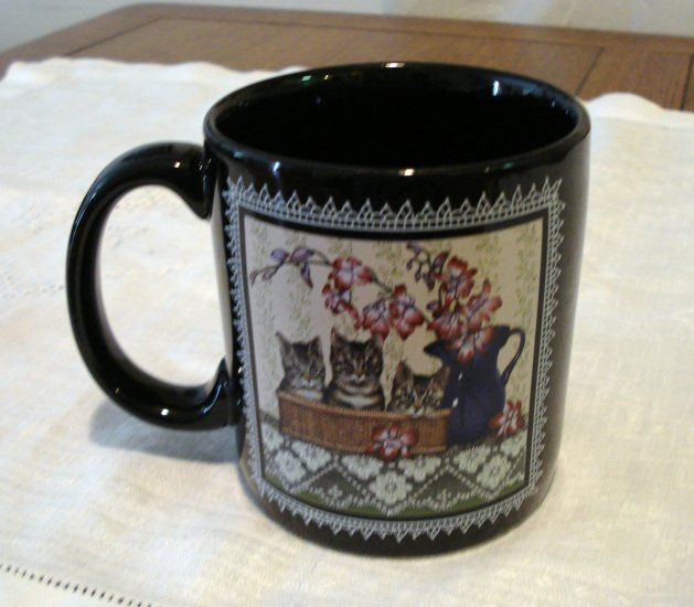Giftcraft 1996 black coffee mug three cats in basket by Sue Wall cm1314