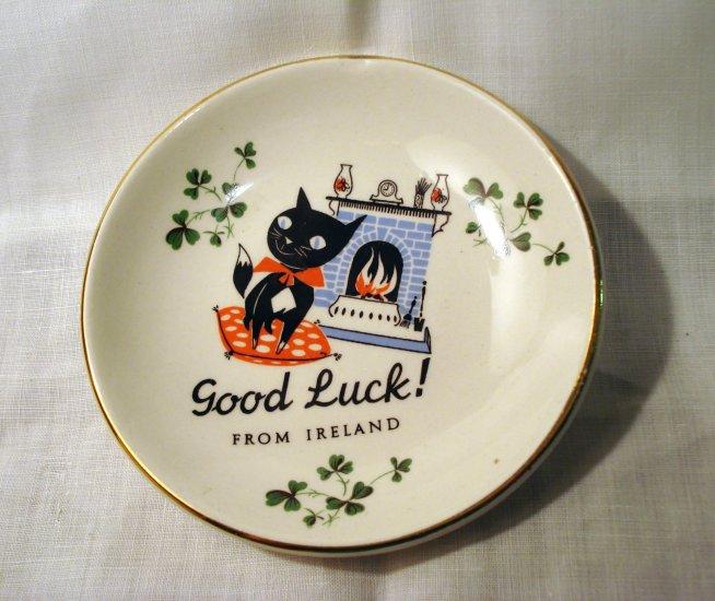 Black cat Good Luck from Ireland pin dish or tea bag saucer Carrigaline vintage cm1319