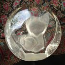 Zajecar lead crystal cat with yarn paperweight Yugoslavia vintage cm1325