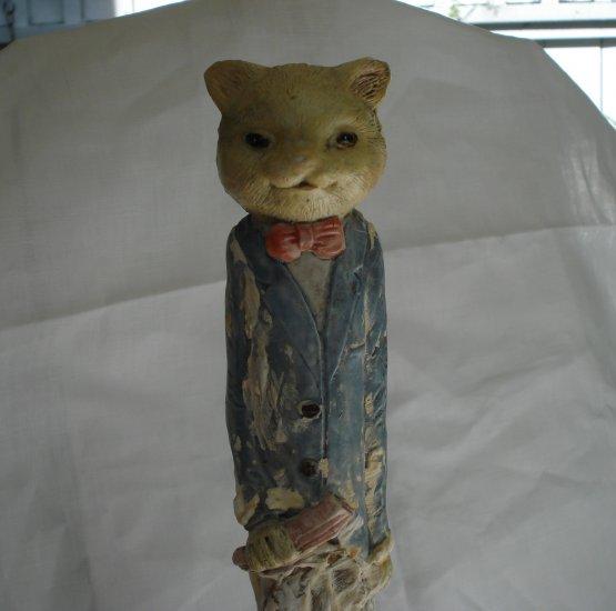 Elongated gentleman cat plaster or solid ceramic artist made hand painted vintage cm1326