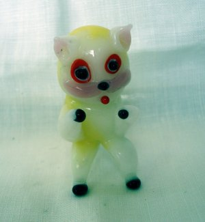 Blown glass feisty cat figurine tiny white perfect vintage cm1355