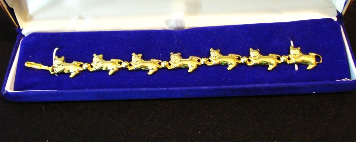 Line bracelet cats and balls gold tone preowned perfect cm1395