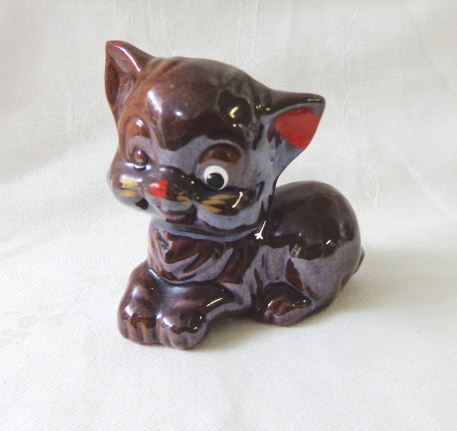 Brownware red clay kitten figurine cold paint Japan vintage cm1487
