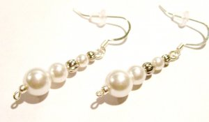 White Pearl Drops (Sterling Earwire)