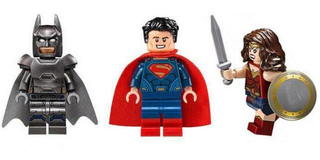 Batman Vs Superman and Wonderwoman Minifigures Compatible Lego DC Super Hero