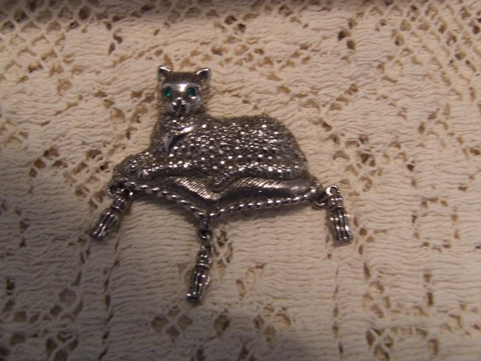 Pin  AVON figural Cat on a tasseled pillow